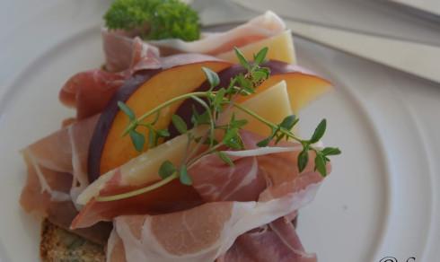 Bruschetta med seranoskinke og manchego