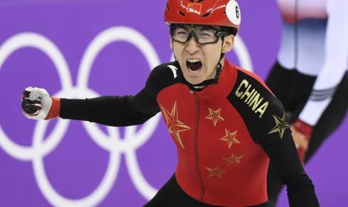 Kina tok sitt første OL-gull, men de er fortsatt rasende