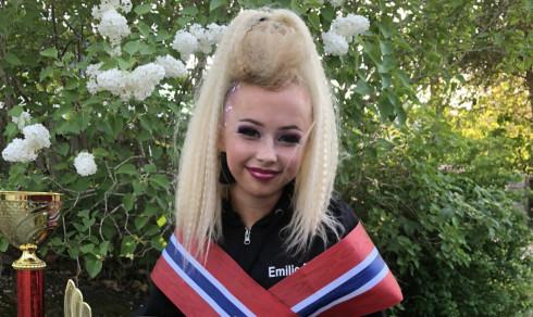 På barneskolen var Emilie (14) avhengig av rullestol - nå er hun Norgesmester i dans