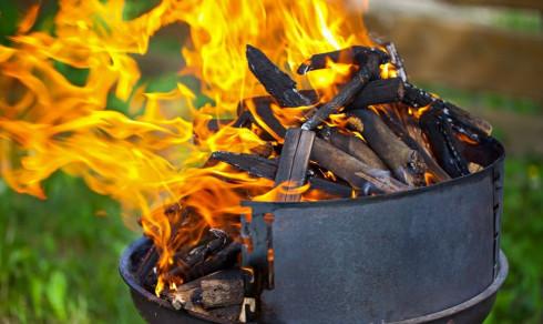 Slik unngår du at grillen blir en brannfelle