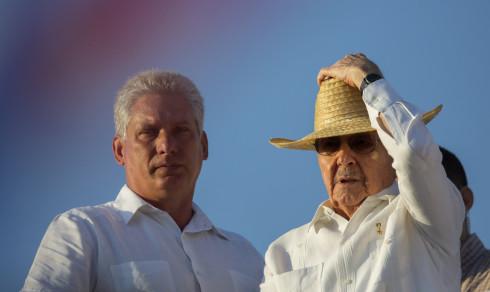 Raúl Castro (86) går av i april