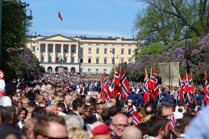 17 Mai 2014 Norge 200 229 R