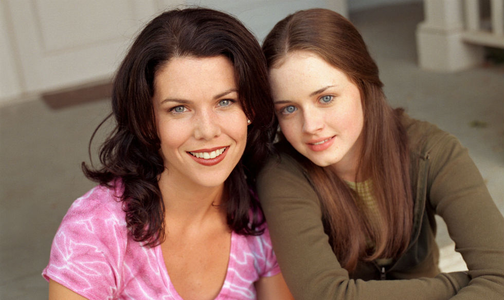 gilmore dating Gilmore girls (season 4) gilmore girls (season 4) season 4 dvd cover when she learns that nicole and luke have put their divorce on hold and have resumed dating.