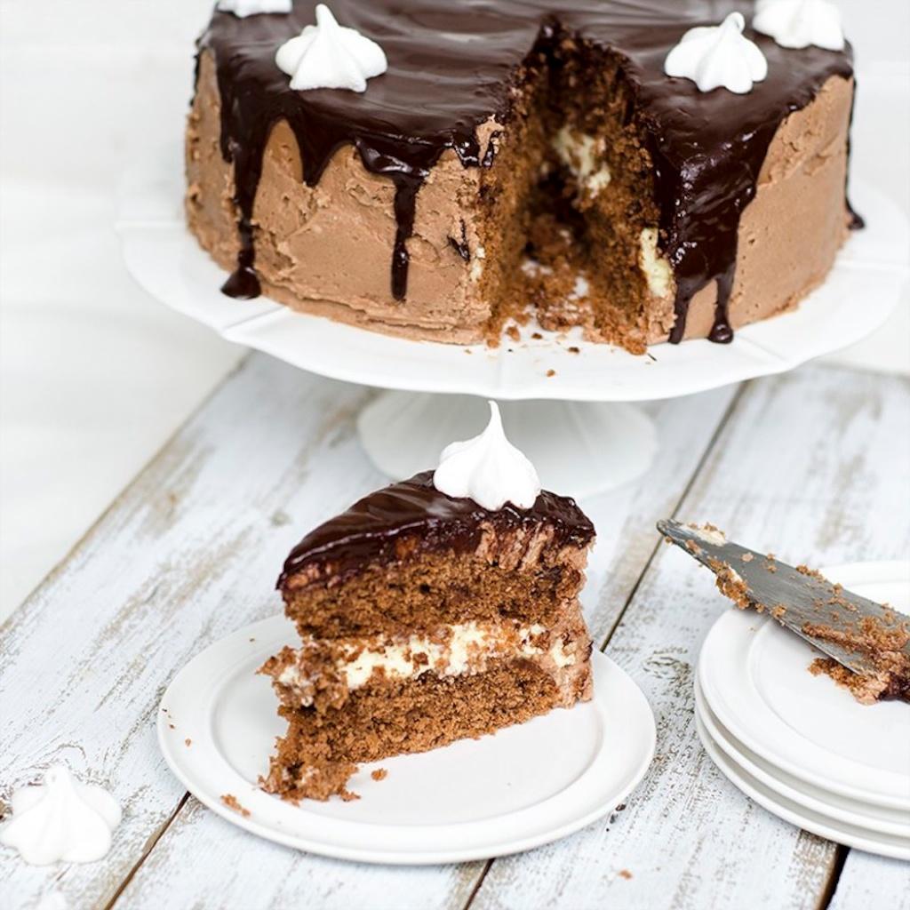 Sjokoladekake med hvit sjokolademousse