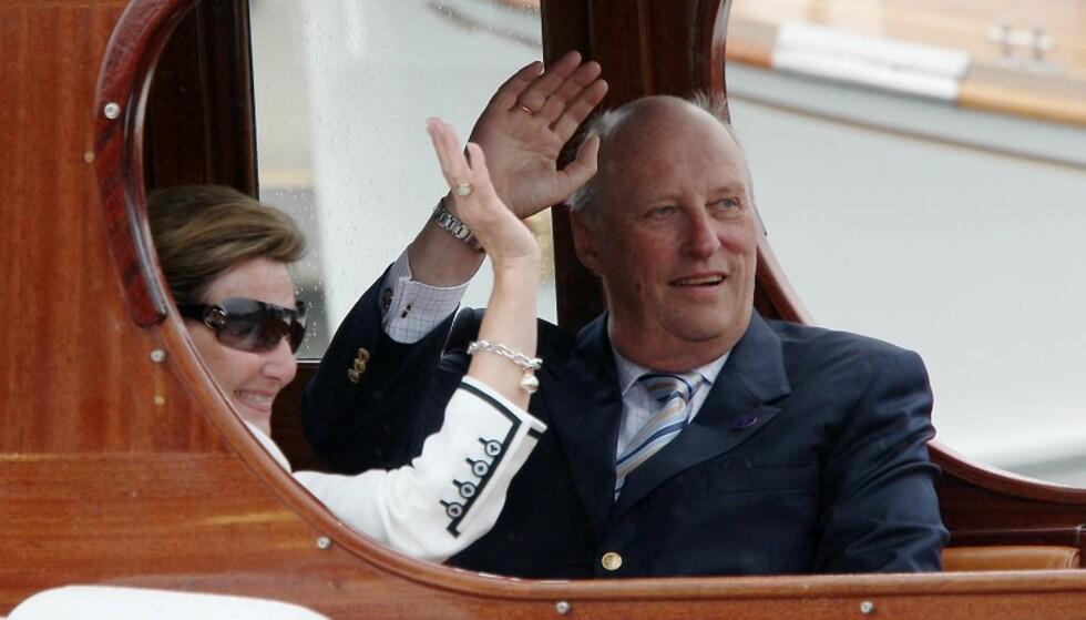Kongeparet legger ut på jubileumsreise