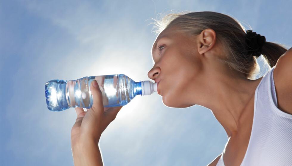Så mye vann bør du drikke i løpet av en dag