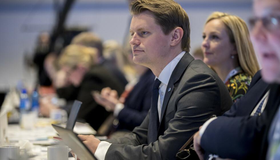 Peter C. Frølich (H) mener Stortinget bør skjerpe loven om kjøp av sexdukker som etterligner barn. Foto: Vidar Ruud / NTB scanpix