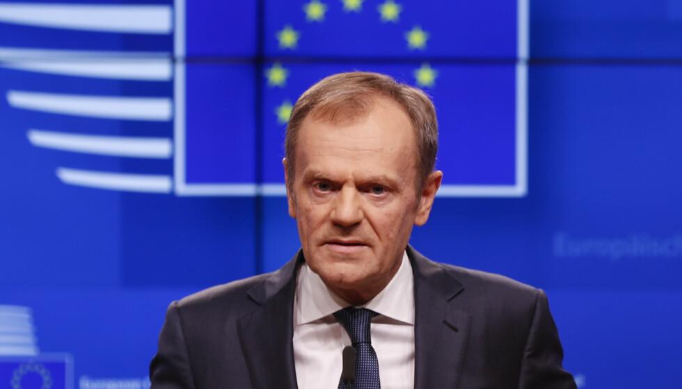 EUs president Donald Tusk uttalte seg onsdag kveld kort til pressen om brexit. Foto: Frank Augstein / AP / NTB scanpix
