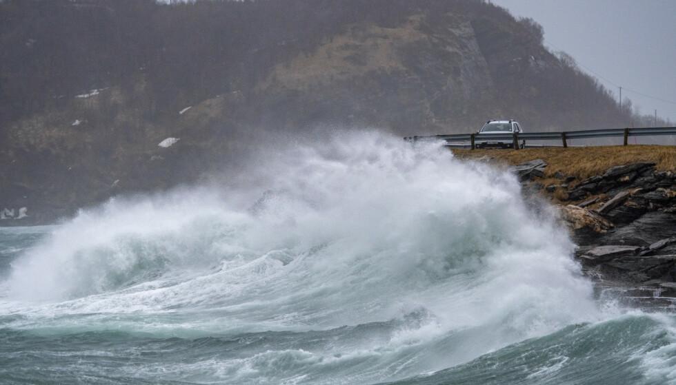 UVÆR: Trøndelag og Nordland kan vente seg skikkelig ruskevær til helgen. Foto: Kent Even Grundstad / NTB scanpix.