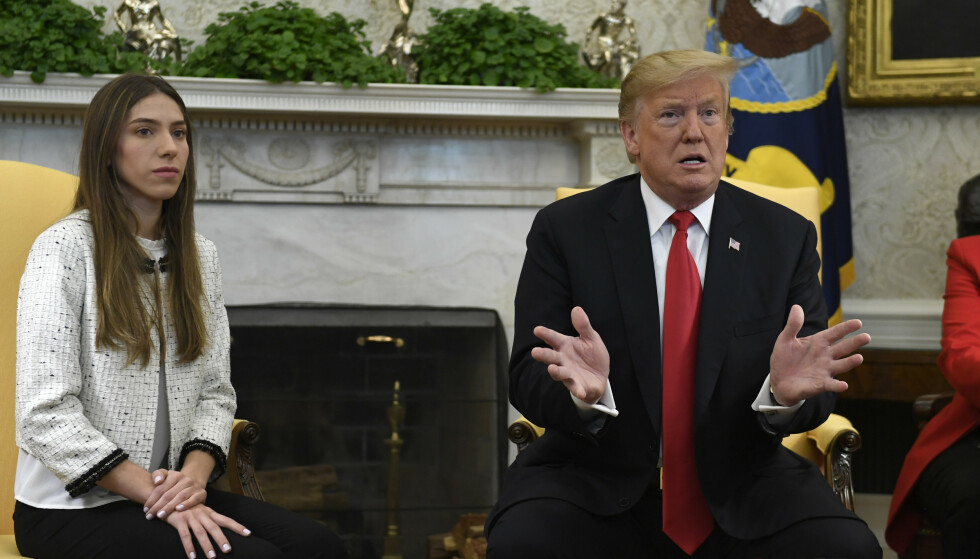 President Donald Trump tok onsdag imot Fabiana Rosales, kona til Venezuelas opposisjonsleder Juan Guaidó. Foto: AP / NTB scanpix