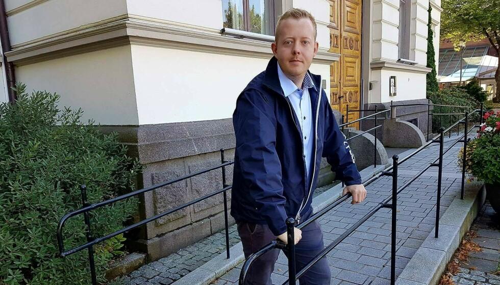 TREKKER SEG: Gruppeleder i Porsgrunn FrP, Adrian Ness Løvsjø. Foto: FrP / NTB scanpix.
