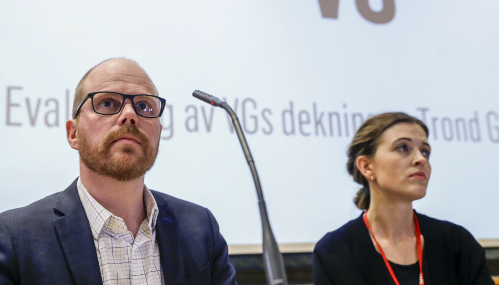 Sjefredaktør Gard Steiro og nyhetsredaktør Tora Bakke Håndlykken under VGs egen evaluering av avisas dekning av den såkalte Giske-videosaken. (Foto: Berit Roald / NTB scanpix)