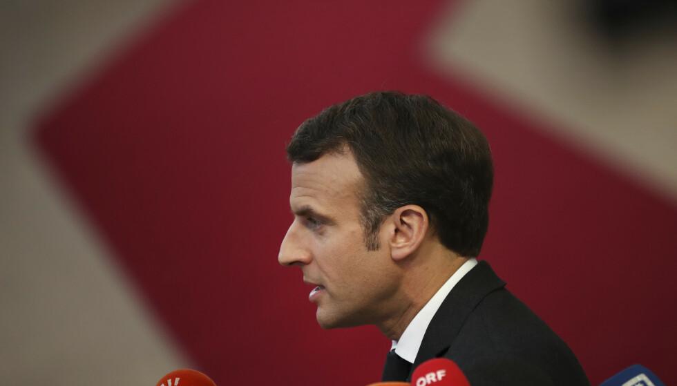 Frankrikes president Emmanuel Macron advarer mot å tro at Storbritannia automatisk vil få langvarig brexit-utsettelse. Foto: AP / NTB scanpix