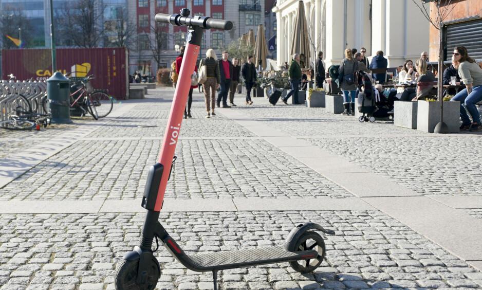Flere blinde har blitt påkjørt av el-sparkesykler. Foto: Fredrik Hagen / NTB scanpix