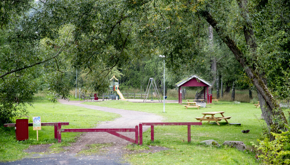 To tenåringer er mistenkt for drapet på en EU-migrant som i begynnelsen av august ble funnet død i en park i Huskvarna i Sverige. Foto: Adam Ihse/TT / NTB scanpix