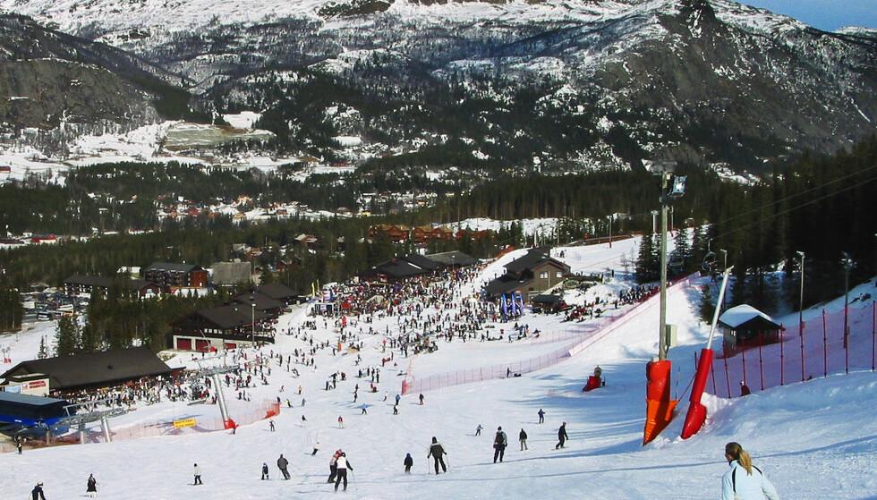 Flere alpinanlegg melder om mye snø inn mot påsken. Foto: Halvard Alvik / NTB scanpix