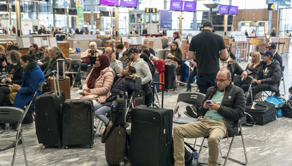 SAS innstiller samtlige flygninger lørdag – 34.000 passasjerer rammes