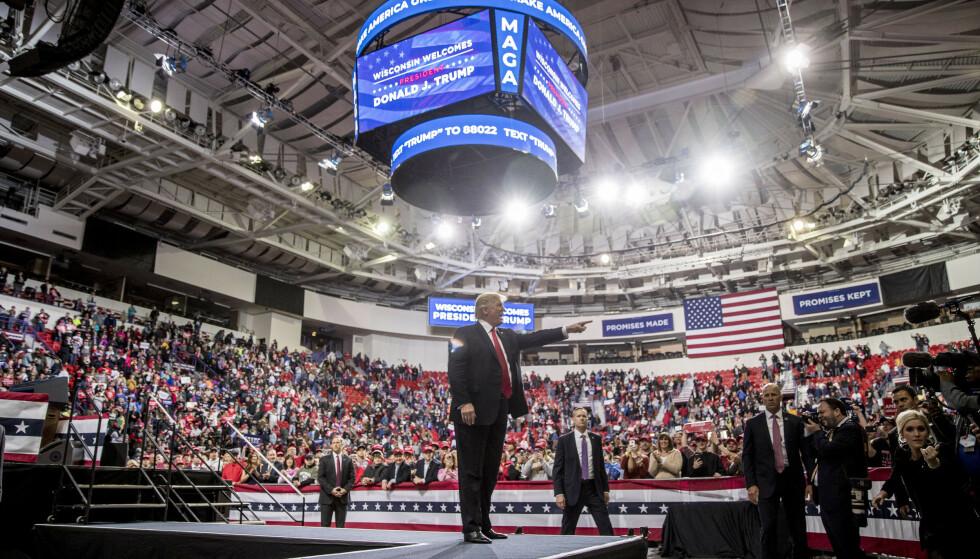 President Donald Trump under et Make America Great Again-møte i Green Bay i Wisconsin lørdag. Foto: AP / NTB scanpix