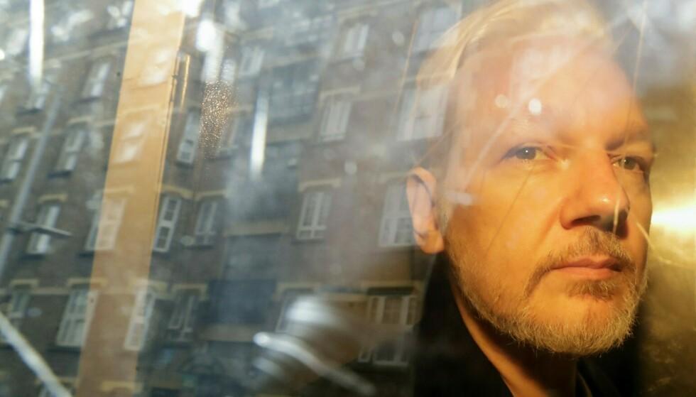 Julian Assange ble pågrepet i Ecuadors ambassade i London i forrige måned. Foto: AP / NTB scanpix