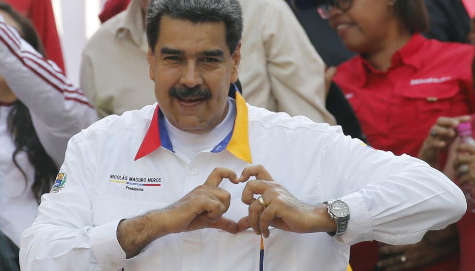 Venezuelas president Nicolás Maduro sender en delegasjon til Oslo neste uke for å fortsette samtaler tilrettelagt av Norge. Foto: Ariana Cubillos / AP / NTB scanpix
