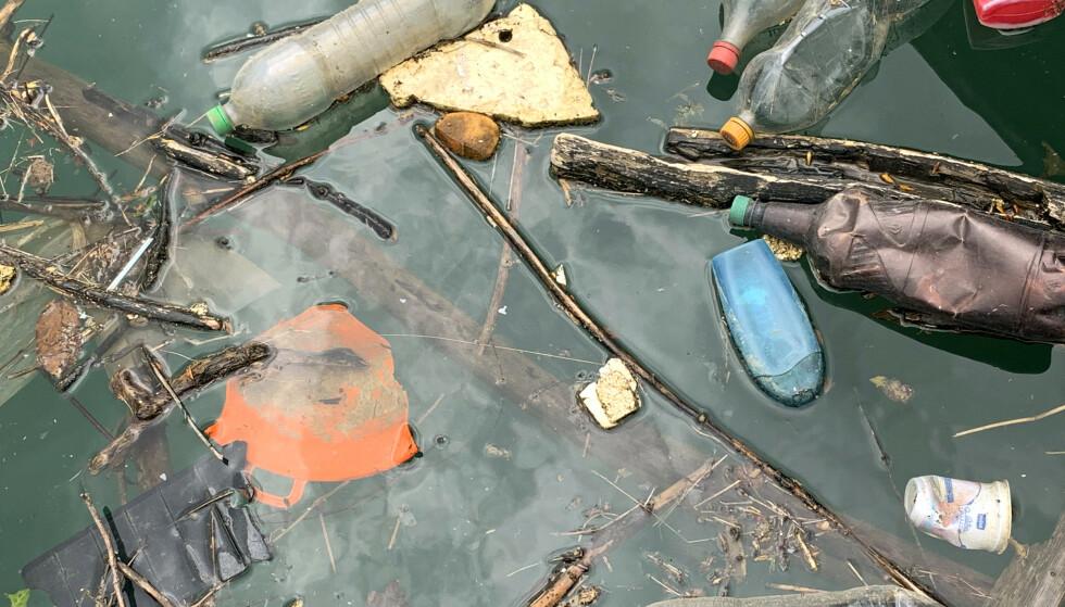 Brasilianerne produserer årlig 11,4 millioner tonn plastsøppel og bare 1,28 prosent av plasten blir resirkulert. Illustrasjonsfoto: AP / NTB scanpix