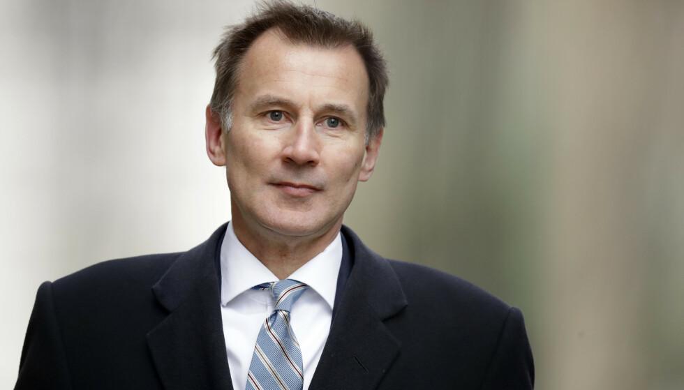 Storbritannias utenriksminister Jeremy Hunt mener at det å forlate EU uten en avtale er jevngodt med politisk selvmord for Toryene. Foto: AP / NTB scanpix