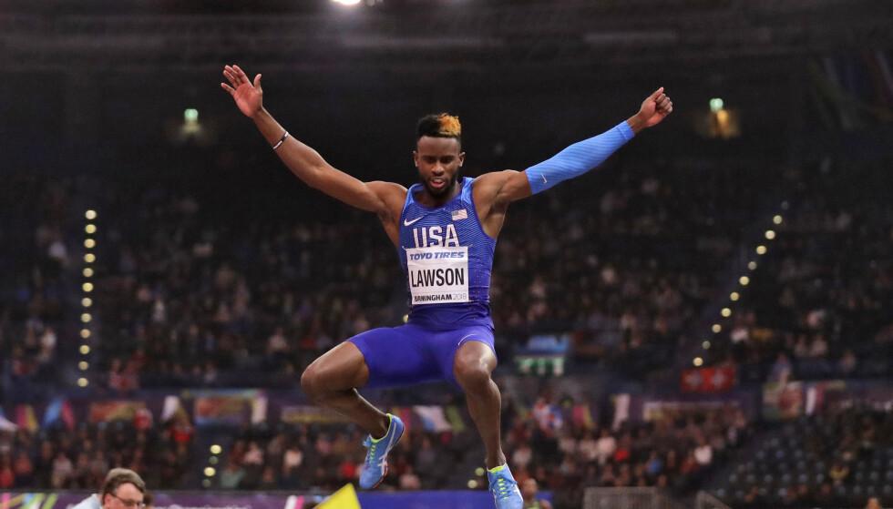 Jarrion Lawson i aksjon i lengdegropa. Amerikanerens agent sier at han vil anke så snart straffen på fire års utelukkelse for doping blir offentliggjort. Foto: Matt Dunham, AP / NTB scanpix