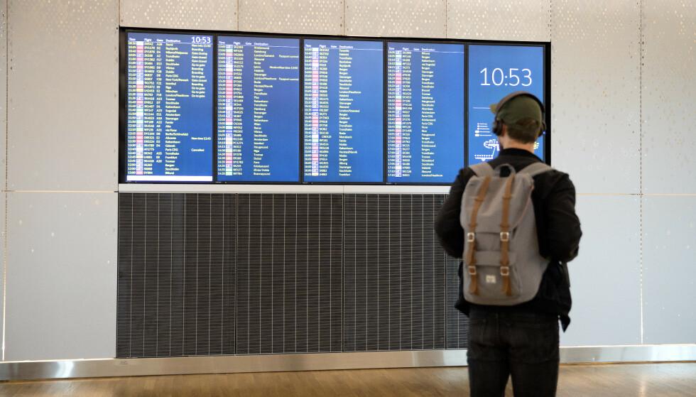 Allerede til helgen starter sommerferieutfarten for alvor fra Oslo Lufthavn. Avinor råder reisende til å beregne ekstra god tid. Foto: Gorm Kallestad / NTB scanpix