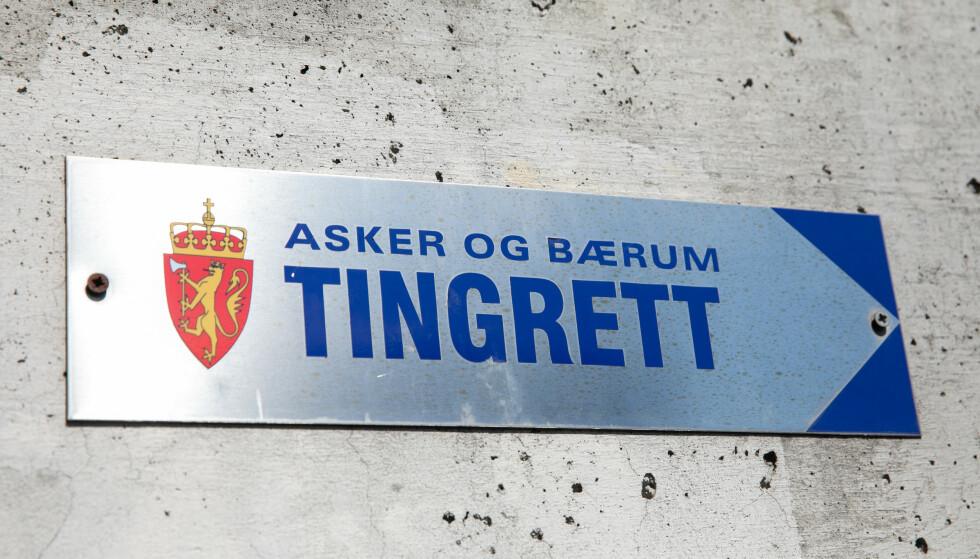 En 23 år gammel mann fra Bærum er dømt til fire og et halvt år fengsel for en sovevoldtekt, samt seksuell omgang med tre andre 15-åringer. Foto: Audun Braastad / NTB scanpix