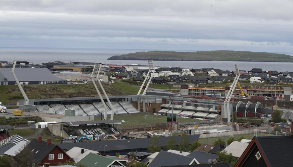 Norges kamp mot Færøyene spilles på Torsvallur i Torshavn. Stadionen er for øyeblikket en byggeplass. Foto: Terje Pedersen / NTB scanpix