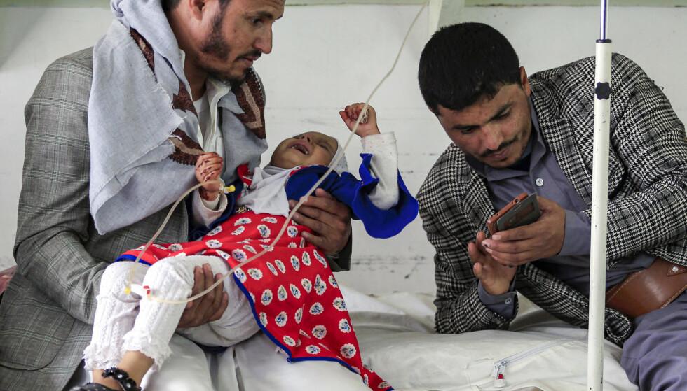 Siden 2015 har minst 91.600 sivile blitt drept i Jemen og over 8 millioner er truet av sult. Foto: MOHAMMED HUWAIS / AFP / NTB scanpix