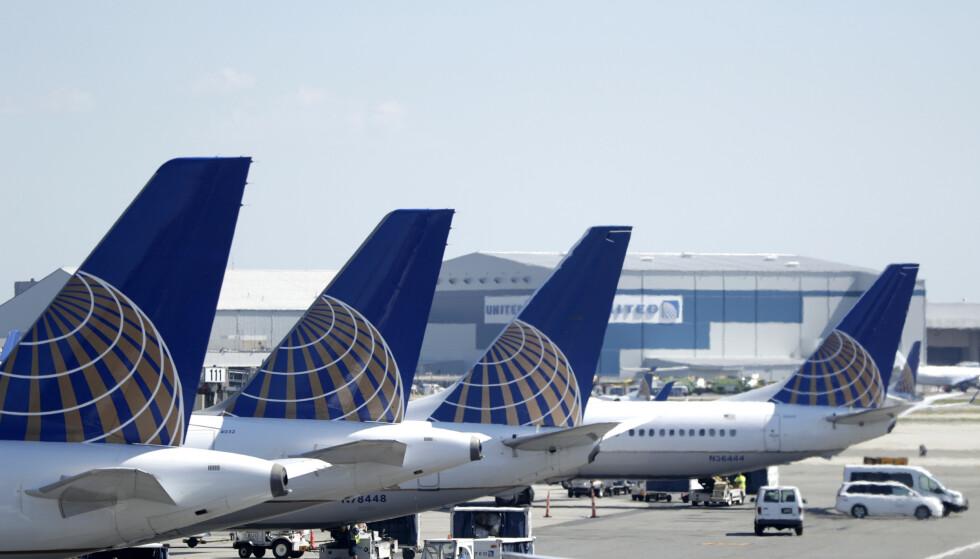 Det amerikanske flyselskapet United Airlines stanser sine flyginger mellom Newark og Mumbai som følge av at de ikke vil fly over iransk luftrom. Foto: Julio Cortez/ AP /NTB scanpix