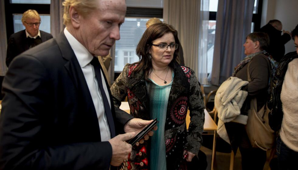 Merete Hodne, her sammen med sin advokat Per Danielsen, får ikke anken i erstatningssøksmålet mot Løgnaslaget behandlet i Høyesterett. Arkivfoto: Carina Johansen / NTB Scanpix