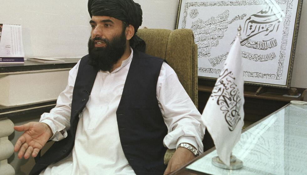 Forhandlingene mellom USA og Taliban er nå inne i en kritisk fase, sier opprørernes talsmann Suhail Shaheen. Samtidig med at det forhandles har Taliban de siste dagene gjennomført en rekke nye angrep. Foto: AP / NTB scanpix