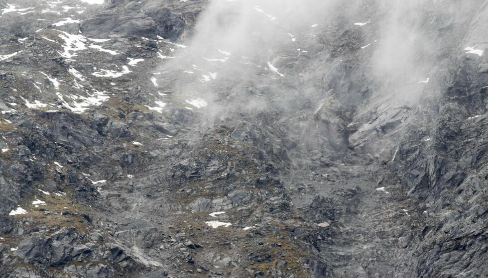 Mye nedbør og økte bevegelse gjør at Norges vassdrags- og energidirektorat (NVE) setter opp farevarslet for Veslemannen til oransje. Foto: Terje Pedersen / NTB scanpix