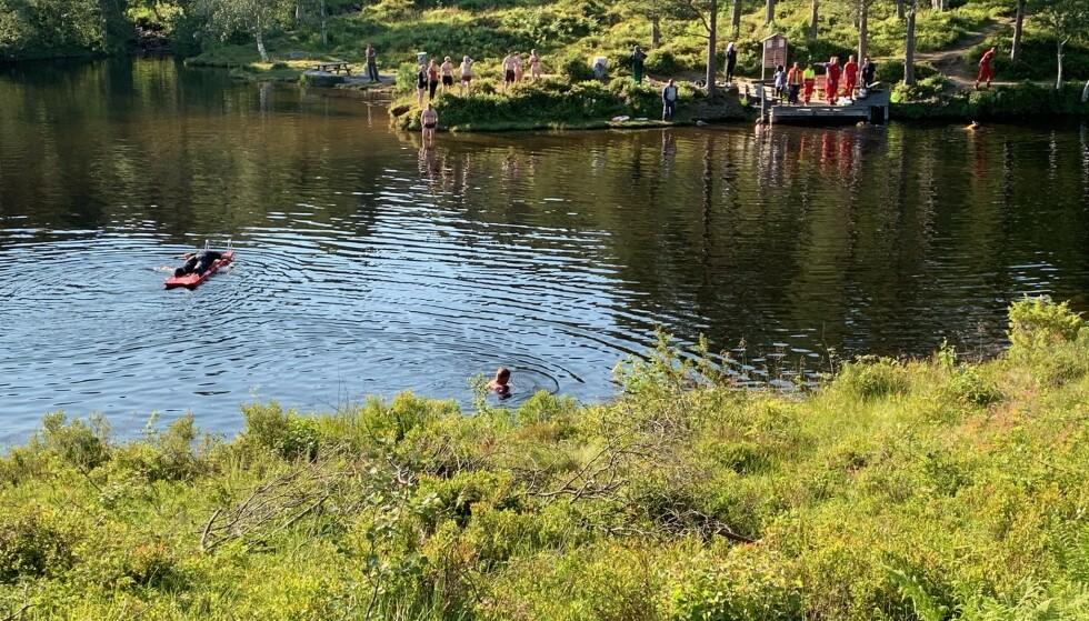 En 12-årig jente omkom etter å ha havnet under vannet i Fjellbrudammen i Molde torsdag. Foto: Romsdals Budstikke Kjell Langmyren / NTB scanpix