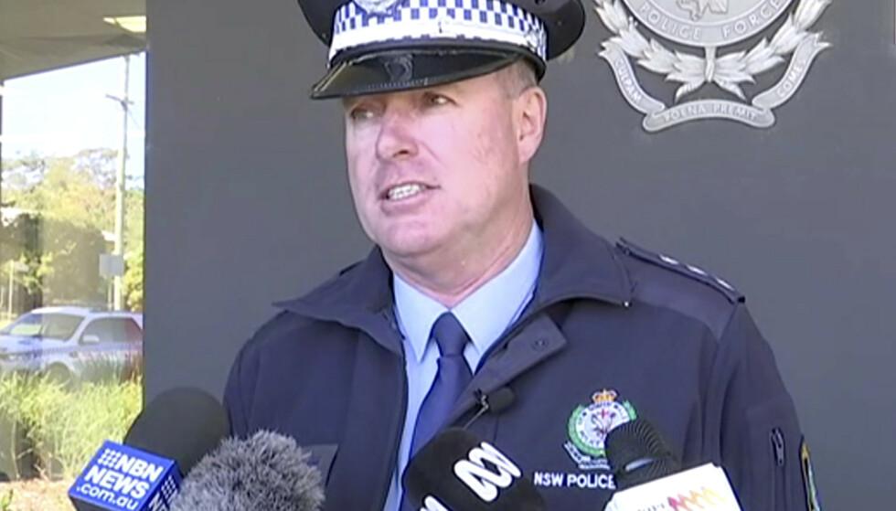 Australsk politi stanset mandag en stjålet bil med fire barn, som ifølge politiinspektør Darren Williams (bildet) hadde kjørt over 1.000 kilometer. Foto: AP / NTB scanpix