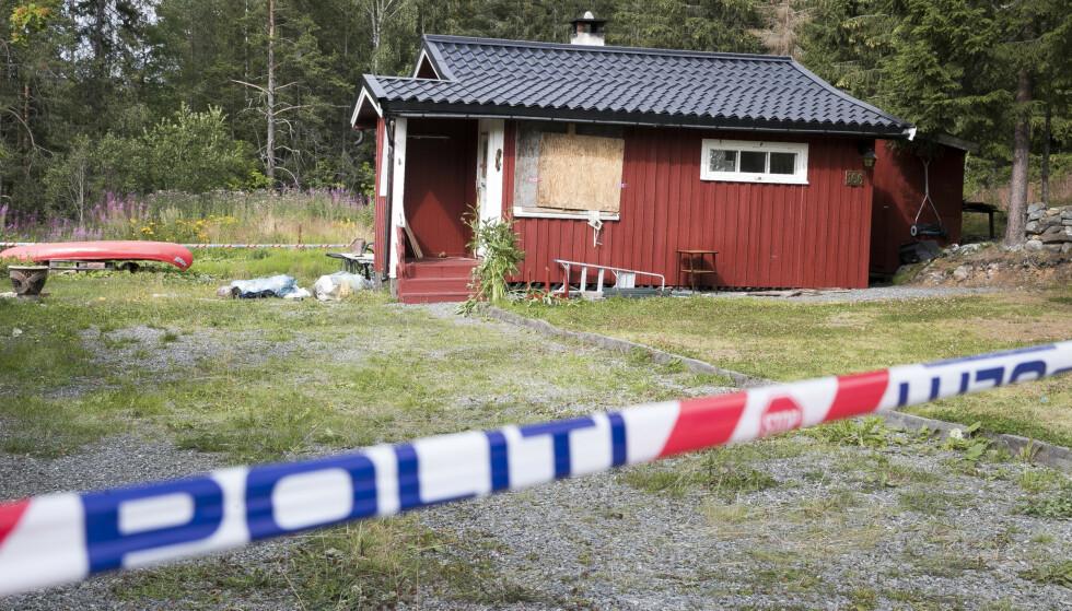 Politiet skjøt og drepte en mann i 60-årene på Jaren mandag kveld i forrige uke. Mannen hadde forskanset seg i sin egen bolig og nektet å snakke med politiet. Foto: Terje Pedersen / NTB scanpix