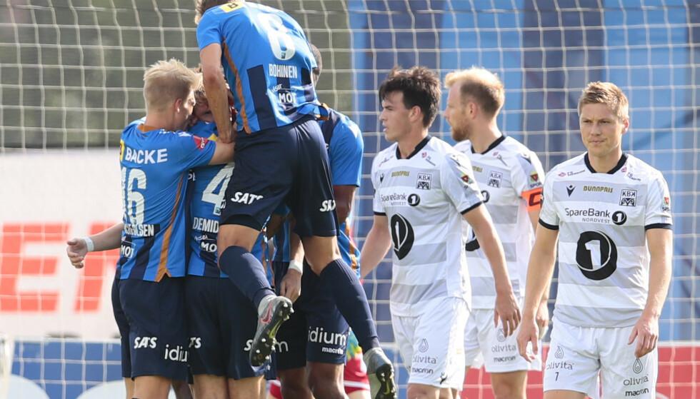 Stabæk jubler for ledermålet mot Kristiansund, scoret av Kasper Junker. Foto: Håkon Mosvold Larsen / NTB scanpix