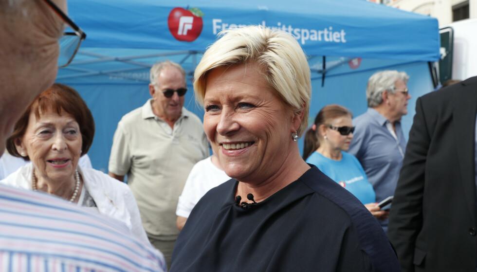 Siv Jensen drev valgkamp i Drammen lørdag. Foto: Terje Bendiksby / NTB scanpix