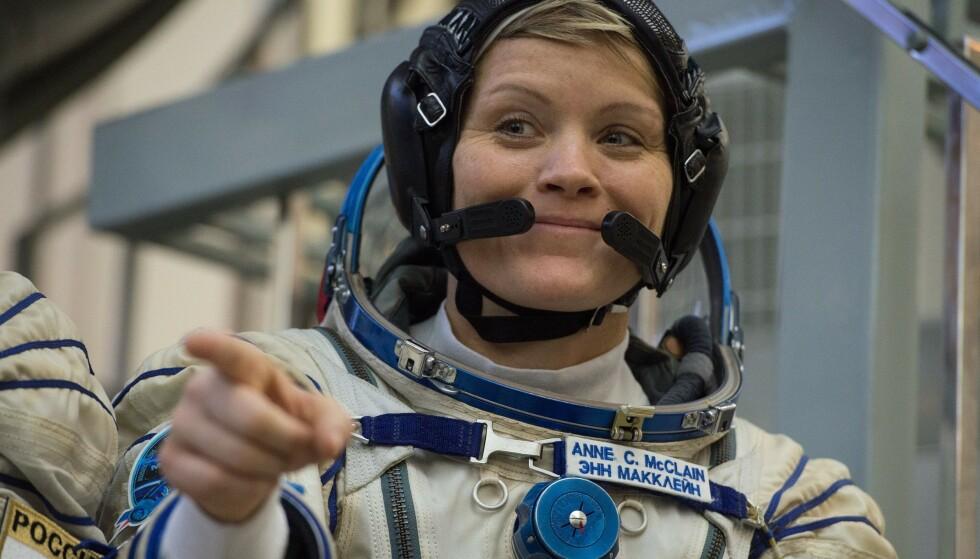 Astronauten Anne McClain er anklaget for identitetstyveri i verdensrommet. Foto: NTB scanpix / AFP