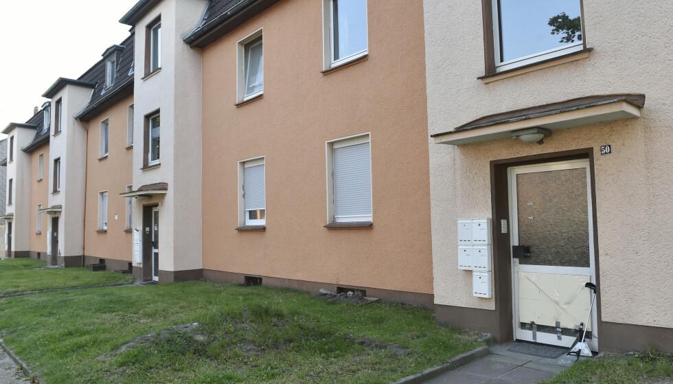 Et eller annet sted i nærheten av denne bygningen i den tyske byen Herne, befinner det seg en dødelig kobraslange. Foto: AP / NTB scanpix