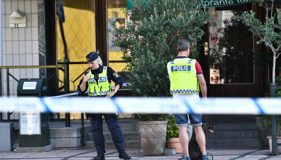 En kvinne ble mandag skutt i hodet i Malmö mandag og døde senere på sykehus. Hun hadde et spedbarn på armen da hun ble skutt, men barnet ble ikke skadd. Foto: Johan Nilsson / TT / NTB scanpix.