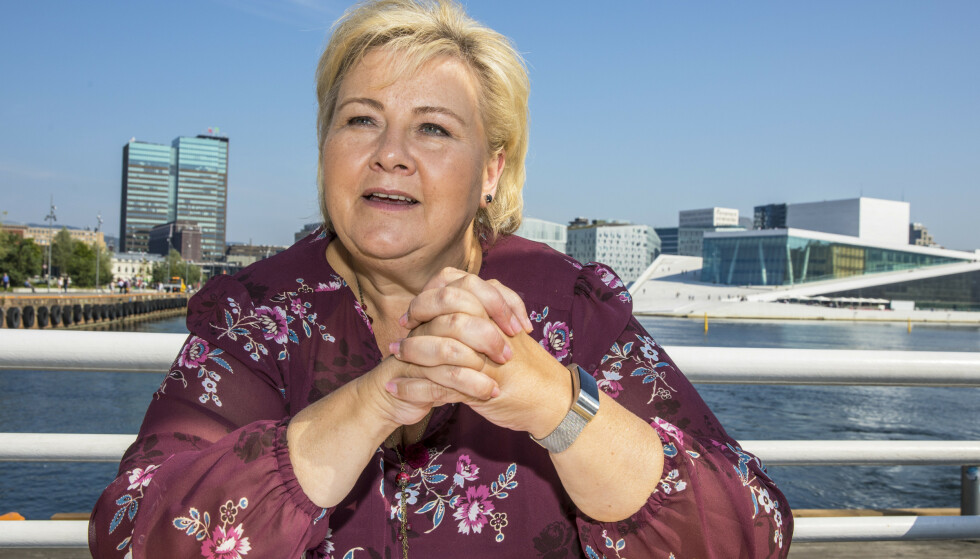 Med bompengestriden parkert, er statsminister og Høyre-leder Erna Solberg omsider klar for å brette opp kjoleermene og drive valgkamp. Hun håper en liste på åtte løfter skal overbevise velgerne, blant dem et løfte om egne klimaplaner i alle Høyre-styrte kommuner. Foto: Ole Berg-Rusten / NTB scanpix