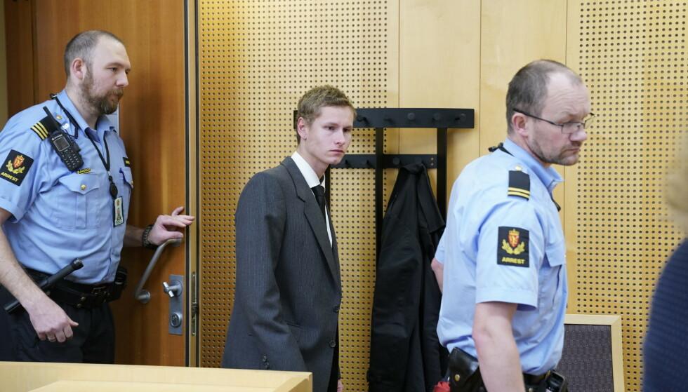 I RETTEN: Philip Manshaus fotografert i rettsmøte 9. september. SOL avstår fra å vise Manshaus gjøre en nazihilsen. Foto: NTB scanpix