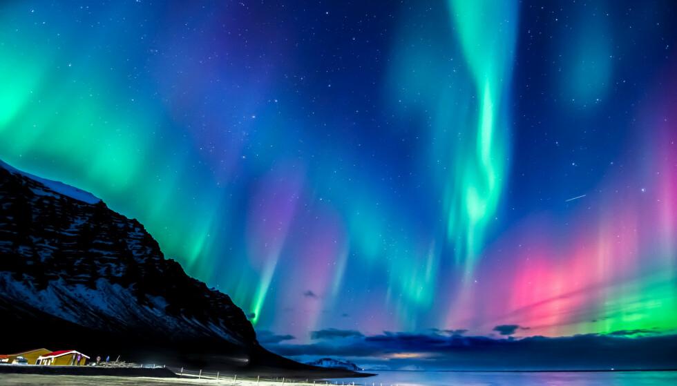 Hvordan oppstår egentlig nordlys/aurora borealis? Foto: Simon's passion 4 Travel/Shutterstock/NTB scanpix.