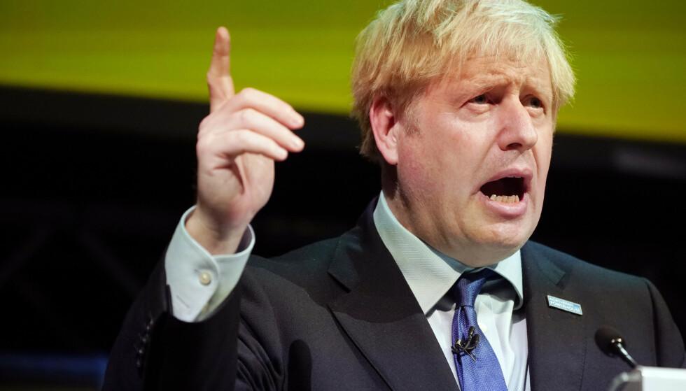 Seks uker etter at han overtok etter Theresa May, og seks uker før han har lovet å ta Storbritannia ut av EU, møter statsminister Boris Johnson EU-kommisjonens president Jean-Claude Juncker i Luxembourg. Foto: AP / NTB scanpix