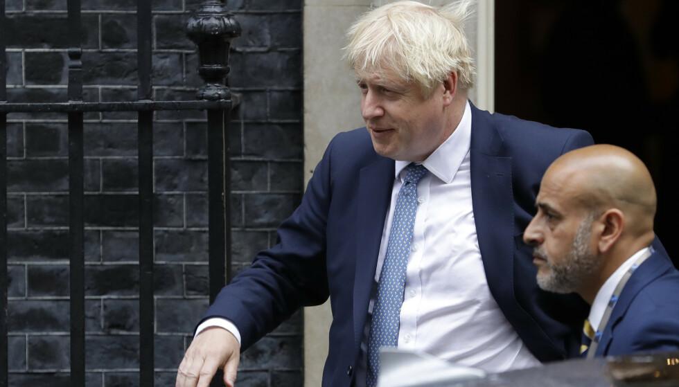 Statsminister Boris Johnson er i hardt vær blant annet som følge av at høyesterett i London tidligere denne uken i en kjennelse fastslo at hans suspendering av parlamentet var lovstridig. Foto: Kirsty Wigglesworth / AP / NTB scanpix