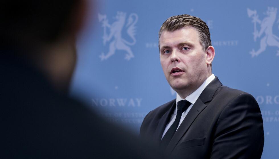 Justis- og innvandringsminister Jøran Kallmyr (Frp) sier det må gjøres en rekke endringer før Norge kan bli med på en europeisk avtale om fordeling av båtmigranter. Arkivfoto: Gorm Kallestad / NTB scanpix
