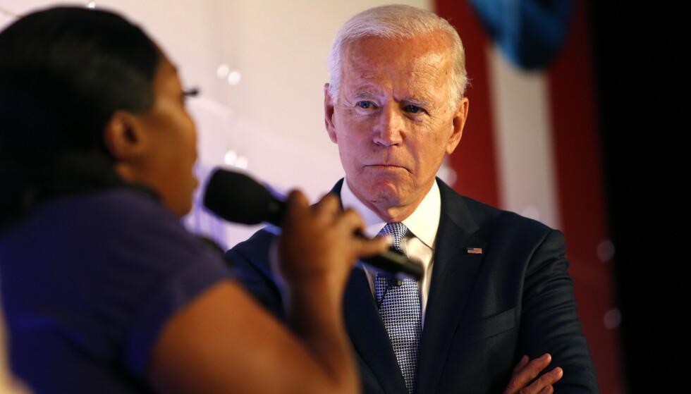 Den demokratiske presidentkandidaten Joe Biden sier for første gang at president Donald Trump bør stilles for riksrett. Foto: AP / NTB scanpix